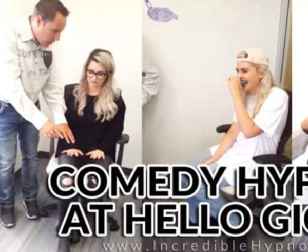 Comedy Hypnotist Hypnotizes Ladies at Hello Giggles - Richard Barker